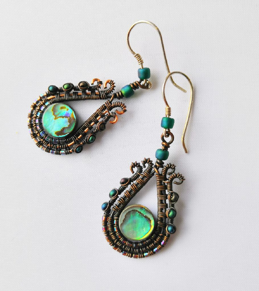 wire_wrapped_drop_earrings